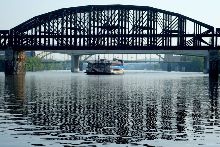Empress II plying the rivers. Photo by Brian Cohen.