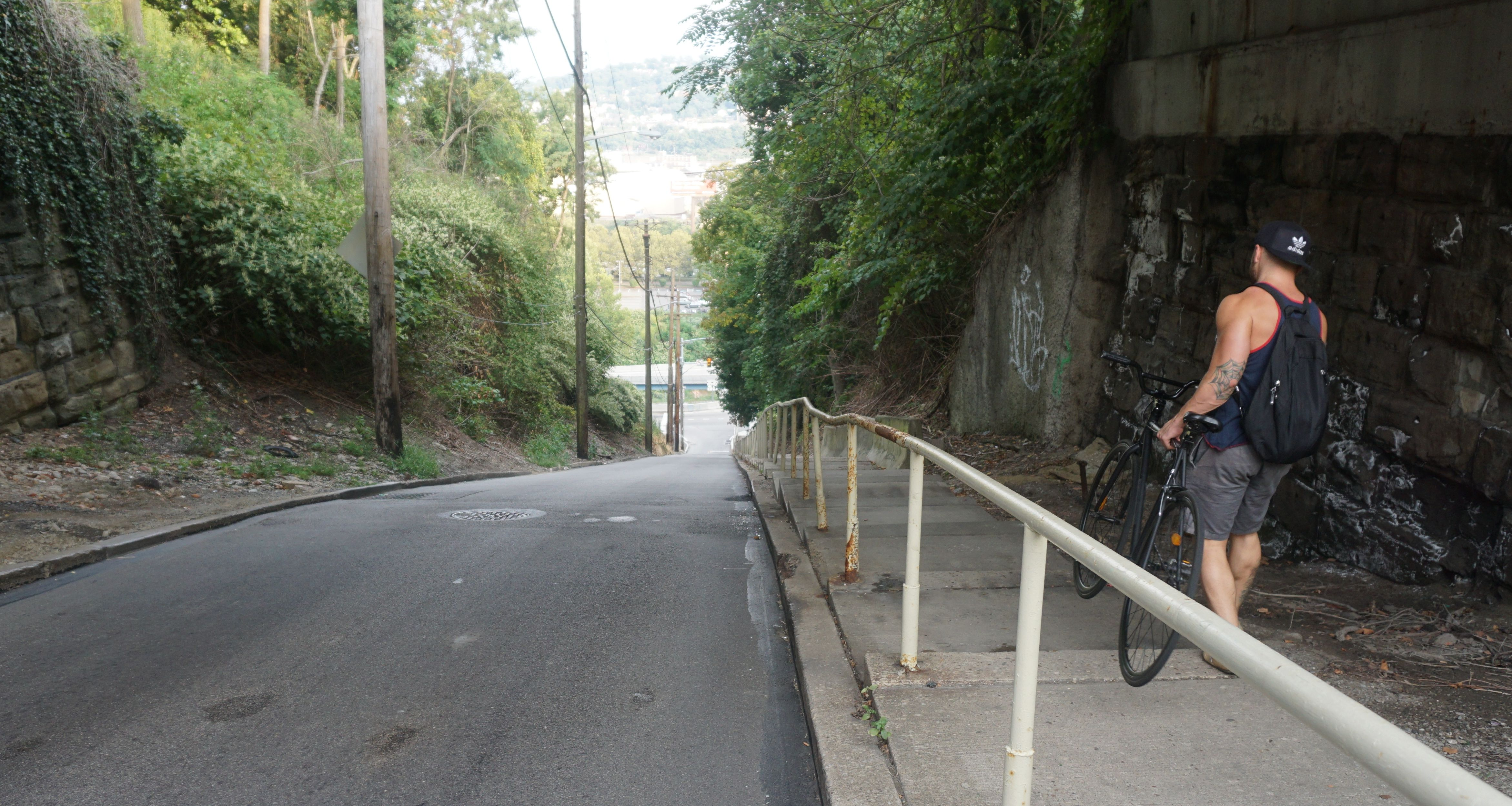 The famous Rialto St., one of the steepest in Pittsburgh. Photo by TC