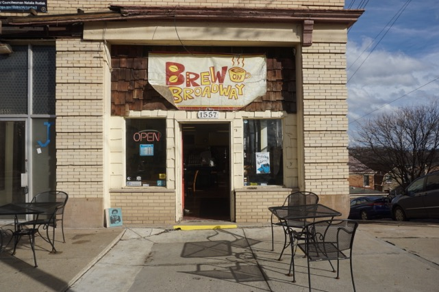 Brew on Broadway in Beechview. Photo by TH Carlisle.