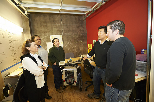 The AlphaLab & AlphaLab Gear team meet with Dick Zhang of Identified Technologies;