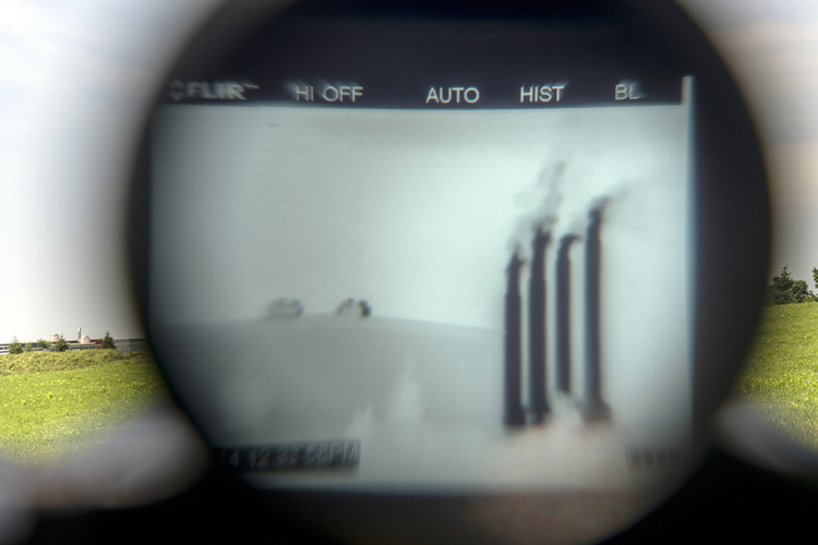 Zick Compressor station, photographed with an FLIR and a normal digital camera