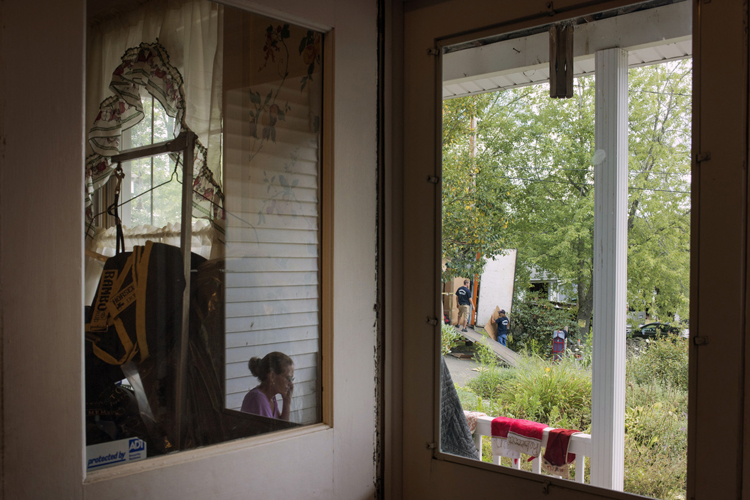 Rebecca Roter -- Brooklyn, PA moving out because of the chemical contamination of her well water
