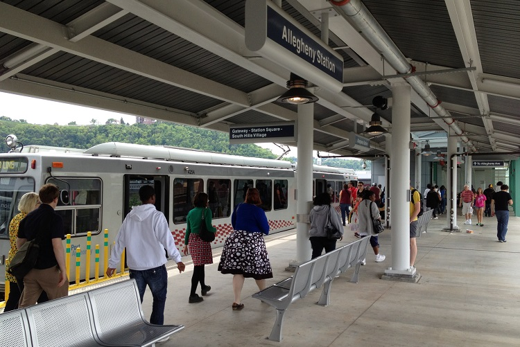 Port authority and comcast strike deal to provide free wifi at light rail stations - Pittsburgh port authority ...