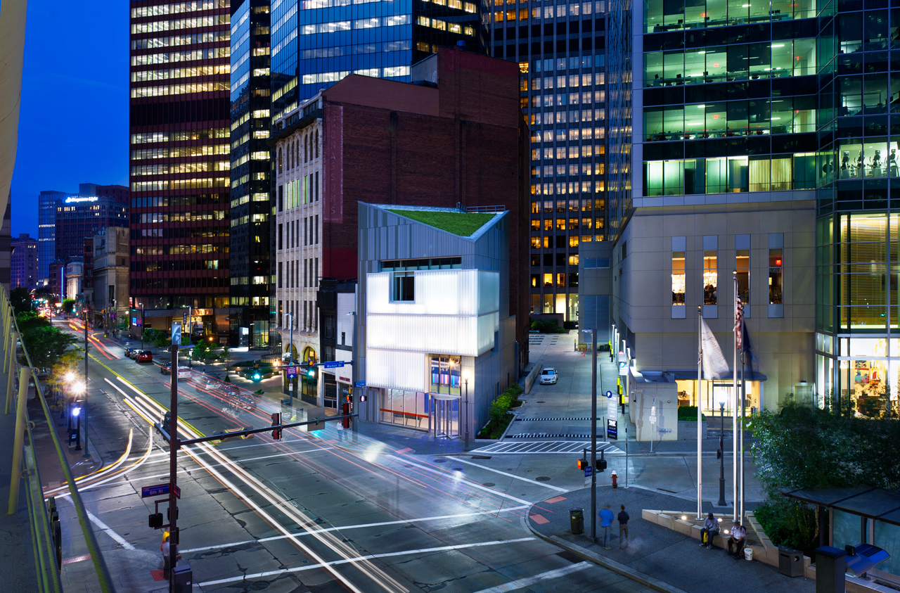 PNC Legacy Building by EDGE Studio, now GBBN. The former Liberty Travel building, at four stories tall, seemed small and misshapen. The redesign, led by Gary Carlough, transformed it into contemporary architectural sculpture using translucent channel class and two-tone metal skin. Photo by Ed Massery.