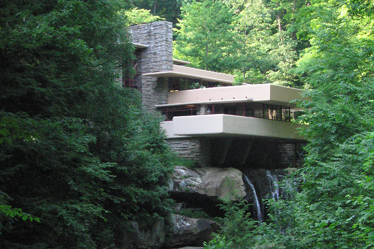 Fallingwater photo by Brian Cohen.