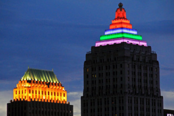 The Gulf Tower beacon will reflect positive and negative sentiments in Pittsburgh Instagram accounts.