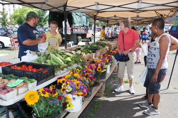 East Liberty Farmers' Market. Photo credit John  Colombo.
