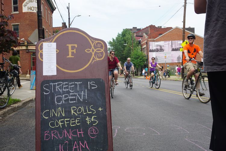 Stores opened and restaurants celebrated during Open Streets PGH