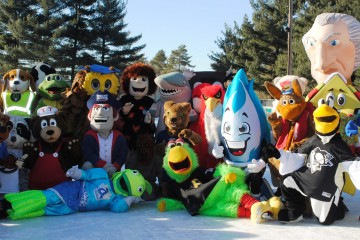2015 mascot skate group shot -- close up