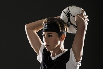World Cup champ and Pittsburgh native Meghan Klingenberg sports a 2nd Skull headband. Courtesy 2nd Skull.