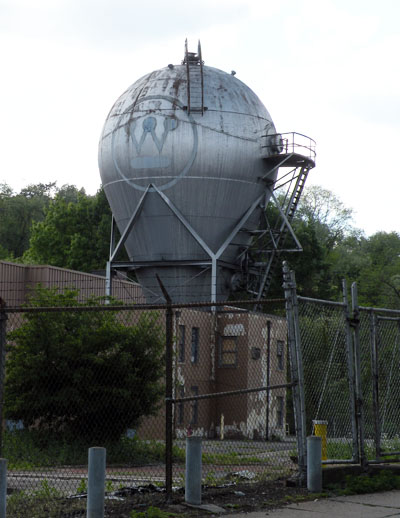 The Westinghouse Atom Smasher. Photo by Lee Paxton via Wikimedia Commons.