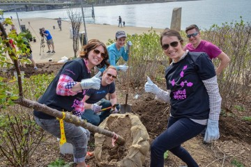 Redbud Project volunteers at the  Riverfront park. Image courtesy of WPC.