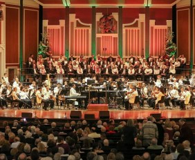 Highmark Holiday Pops. Photo by Wade Massie.