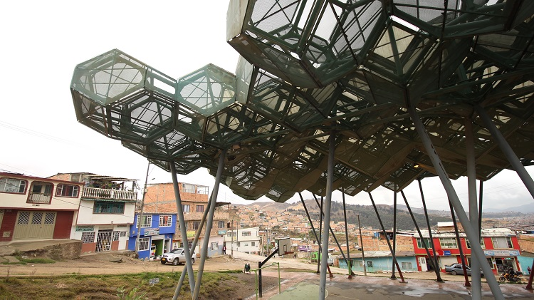 Hope Forest sports center in Bogotá. Image courtesy of Within Formal Cities.