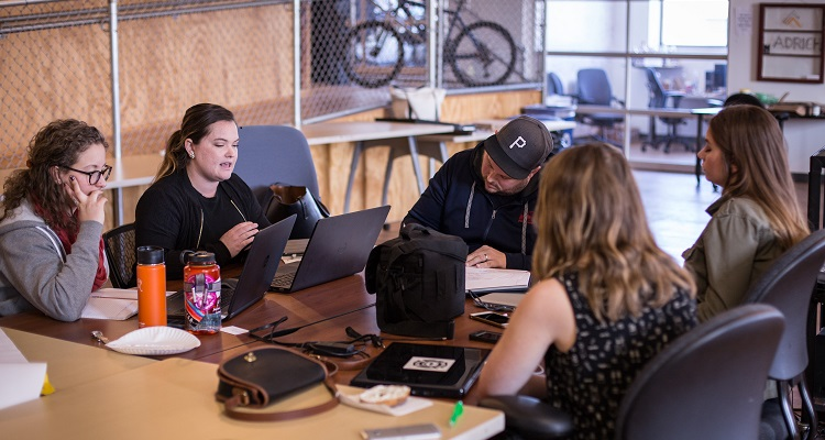 FarePost prepares their pitch at AlphaLab Gear. Image courtesy of Kenny Chen.