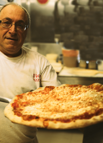 Chief Pizziolo Joe Pepe at Fiori's Pizzaria. Photo by Tom O'Connor.
